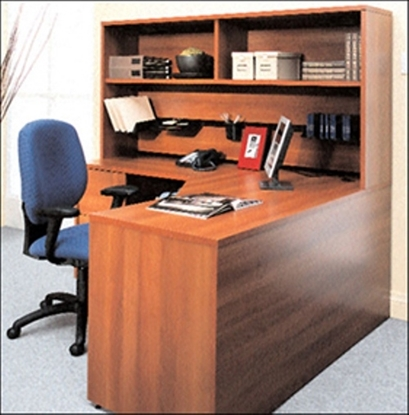 Picture of Global G3060ESPL L Shaped Desk with Hutch