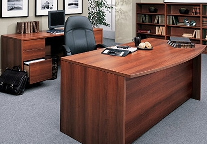 Picture of Global H3672DB4  Executive Desk and Credenza