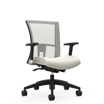 Picture of Global 6322-8 Weight Sensing Synchro-Tilt Mesh Chair