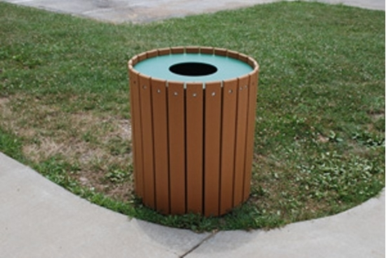 Picture of Jayhawk Plastics  PB55R 55 Gallon Outdoor Trashcan